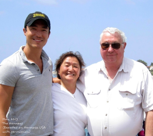 [TWITTER] Daniel Henney & His Parents Get in Some Family Time!