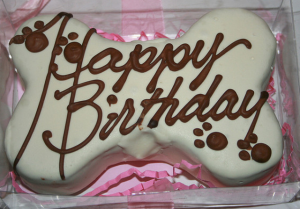 Dog bone birthday cake images_dog treat cake